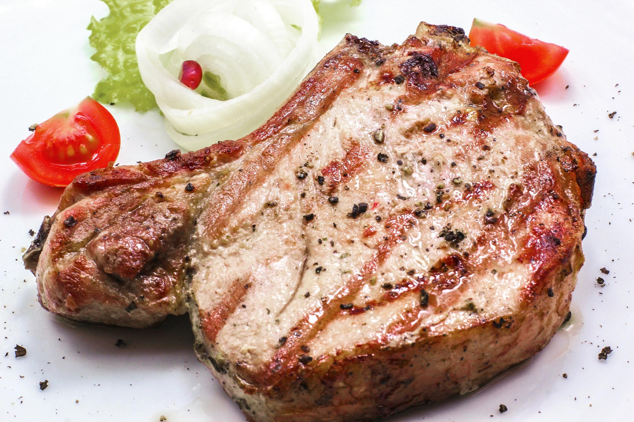 Что приготовить из корейки свиной без кости в духовке рецепт
